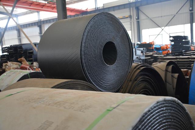 皮带输送机钢绳芯胶带使用优点|嵩阳煤机