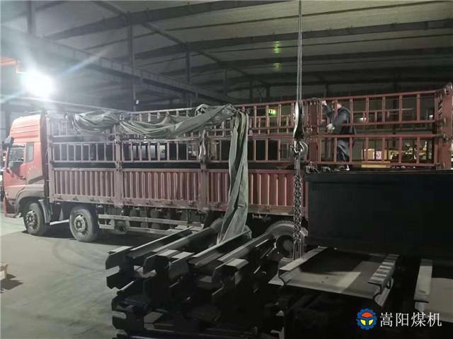 郏县景煤、四川芙蓉煤矿、西宁煤矿等用户订购的皮带机配件已发货