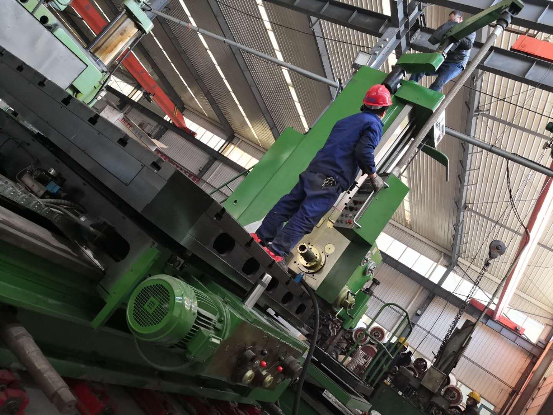 嵩阳煤机再购入高精度铣床丨为刮板输送机生产保驾护航