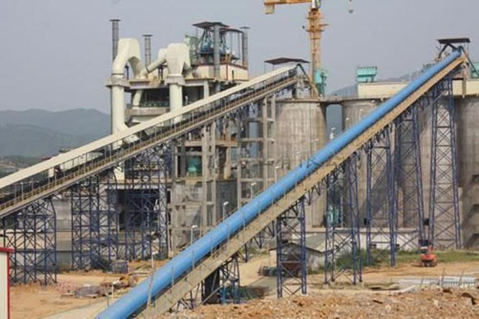 763米煤矿斜井丨25度倾角丨每天运煤量1000吨丨推荐用什么皮带机?